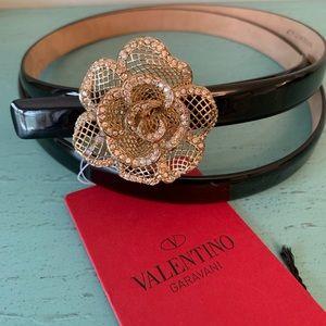 NWT! Valentino Garavani Flower Leather Belt